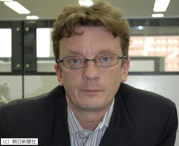Martin Fackler NYT記者が「偽善者でレイシスト」との汚名を免れる方法
