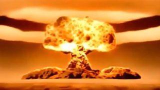 反原水爆の市民団体がミサイル避難訓練を妨害する異様