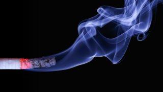 喫煙者の間違った論理を斬る